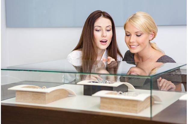 Offrir un bijou en diamant pour la fête des mères