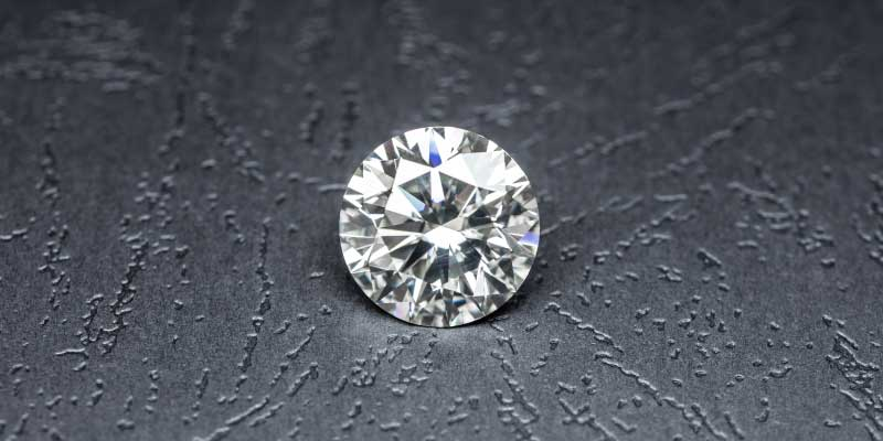 Diamant vs Moissanite: 5 différences majeures