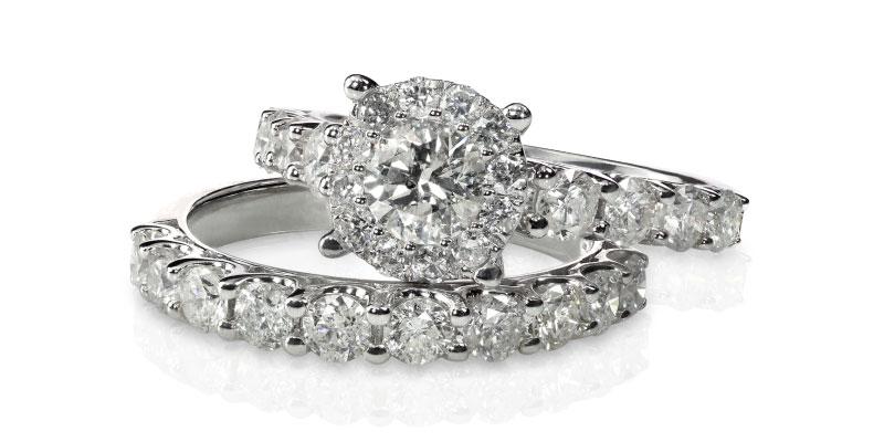 Or blanc vs bijoux en platine et diamants
