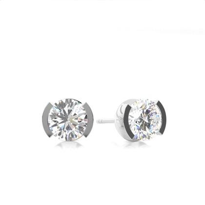 Puces d'oreilles diamant rond serti demi-clos
