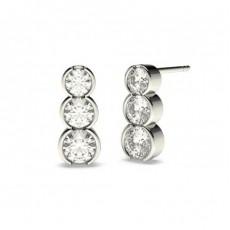 Boucles d'oreilles cascade diamant rond serti demi-clos